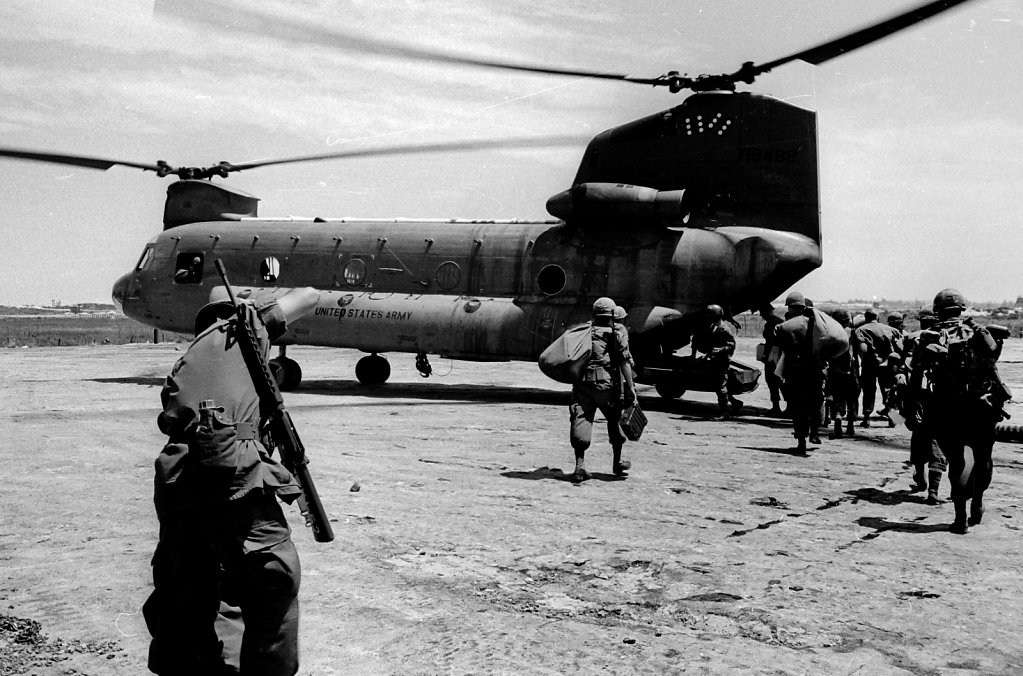 Soldiers entering helicopter